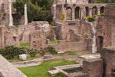 Ruins of the House of the Vestals in the Roman Forum — Stock Photo