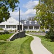 Visitor center  of Woodford Reserve Bourbon Distillery - Foto Stock