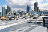 View of San Diego downtown from the Aircraft carrier Midway as a — Foto de Stock