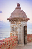 Lookout tower at El Morro Castle fort in old San Juan, Puerto Ri — Stock Photo