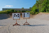 Outdoor pistol shooting range with targets . — 图库照片