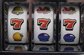 Jackpot am spielautomaten — Stockfoto