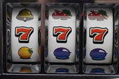 Jackpot on slot machine — Stockfoto