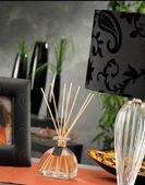 Natura morta di candele di illuminazione domestica o lampada di catalizzatore — Foto Stock