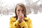 Woman in Cold Winter Weather — Stock Photo