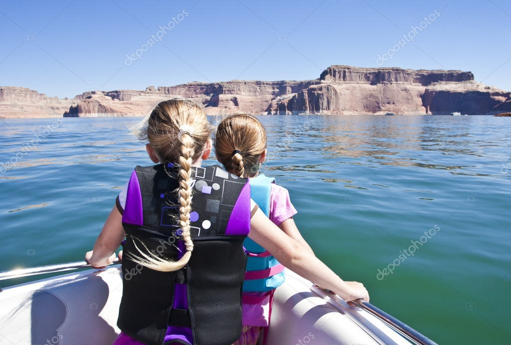 lake powell women Great photos and pictures about houseboat rentals at lake cumberland in kentucky.