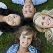 Smiling College Students — Stockfoto