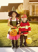 Kids dressed for the halloween holiday — Stock Photo
