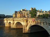 Pont neuf at sunset, Paris, France june 2013 — Stock Photo
