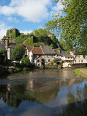 Segur le Chateau village and Auvezere river, France — Stock Photo