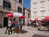 Dubrovnik, kroatien, augusti 2013, historiska marknadsplats — Stockfoto