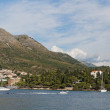 Cavtat, Croatia, august 2013, mountains and Zal beach — Stock Photo