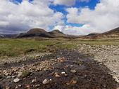 River Calder, Glen Banchor, Scotland west highlands in spring — 图库照片