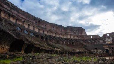 Colosseum rom tid förfaller — Stockvideo