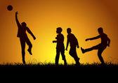 Niños jugando al fútbol los fines de semana — Vector de stock
