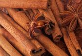 Cinnamon Sticks and Anise — Stock Photo