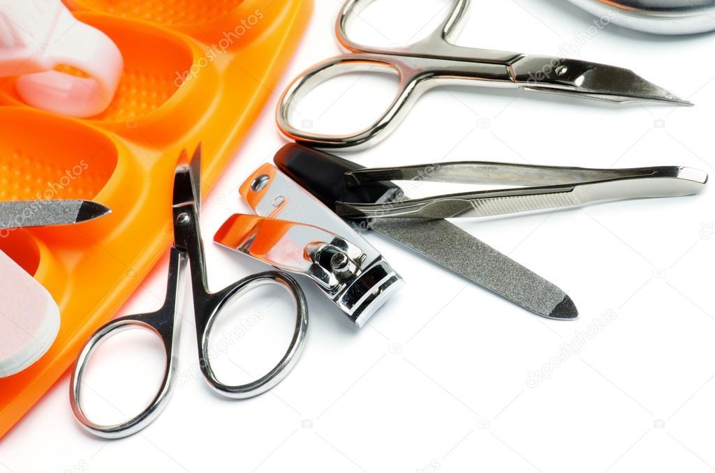 Чем дезинфицировать инструменты для маникюра от грибка