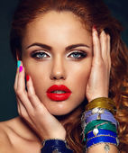 High fashion look.glamor closeup portrait of beautiful sexy stylish Caucasian young woman model with bright makeup, with red lips,  with perfect clean skin — Stockfoto