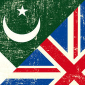 English and Pakistani grunge Flag — Wektor stockowy