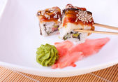 Roll with eel and sesame — Stock Photo