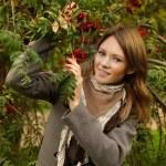 Joyful woman outdoors, fashion portrait — Stock Photo
