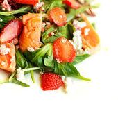 Salat mit lachs — Stockfoto