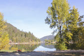 British Columbian fresh water lake — Stock Photo