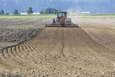 Ploughing the Farm Acreage — Stock Photo