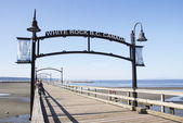 White Rock Pier and Signage — Stock Photo