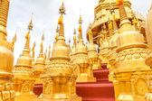 пагода в ват sawangboon — Стоковое фото