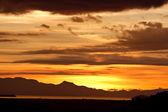 Belo nascer do sol no mar. — Foto Stock