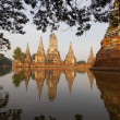 Floods Chaiwatthanaram Temple at Ayutthaya — Stock Photo #32420607