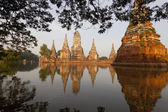 Floods Chaiwatthanaram Temple at Ayutthaya — Stock fotografie
