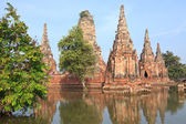 Floods Chaiwatthanaram Temple at Ayutthaya. — 图库照片