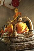 Buddha statyer i templet. — Stockfoto