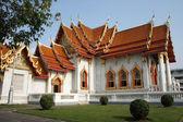 Vackra thailändska tempel benjamaborphit. — Stockfoto
