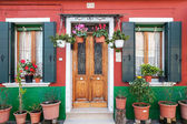 Painted colorful house in Burano, Venice — Stock Photo