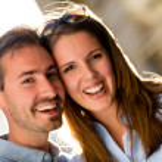 Happy couple smiling — Stock Photo