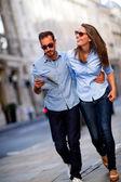 Couple sightseeing — Stock Photo