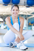 Athletic woman at the gym — Stock Photo