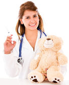 Barnläkare med vaccin barnläkare med vaccin — Stockfoto