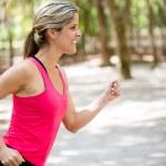 Woman training outdoors Woman training outdoors — Stock Photo