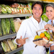 Healthy eating couple Healthy eating couple — Stock Photo