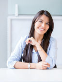 Confident businesswoman smiling Confident businesswoman smiling — Stock Photo
