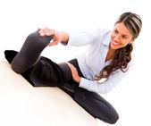 Donna d'affari lo stretching donna d'affari che si estende — Foto Stock