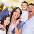 Happy family shopping — Foto de Stock