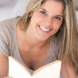 Woman ralaxing with a book — Stock Photo