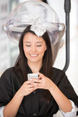 美容室で女性 — ストック写真
