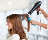 Woman at the hairdresser — Foto Stock