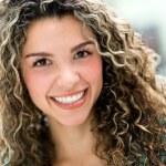 Happy woman smiling — Stock Photo #29575139